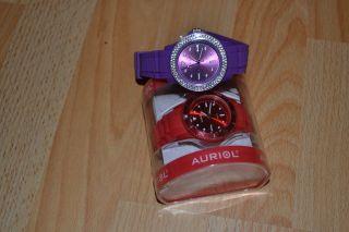 2xwunderschöne Silikon Armbanduhren Farbe Rot Und Lila Mit Strass Steinchen. Bild