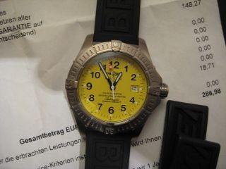 Breitling Avenger Seawolf Titan 2005 Gelb,  Revision 11/2012 Bild