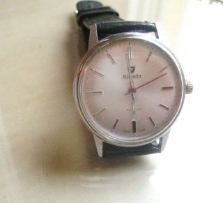 Vintage Armbanduhr Nivada Handaufzug Bild