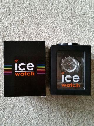Ice Watch Armbanduhr Unisex Schwarz Mit Weißem Aussenring Sp.  Gk.  Bwe.  U.  S.  14 Bild