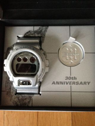 Casio G - Shock 30th Anniversary Dw - 6930bs - 8jr Bild