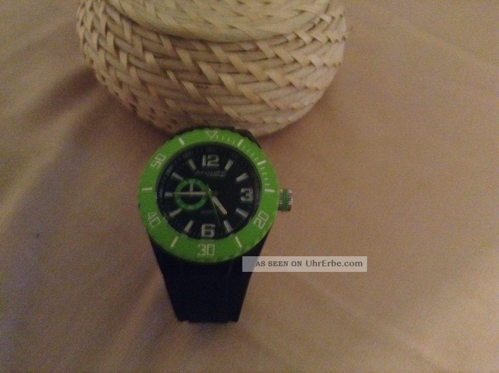 Uhr Von Freestyle Adrenaline Quarz Schwarz Grün Armbanduhren Bild
