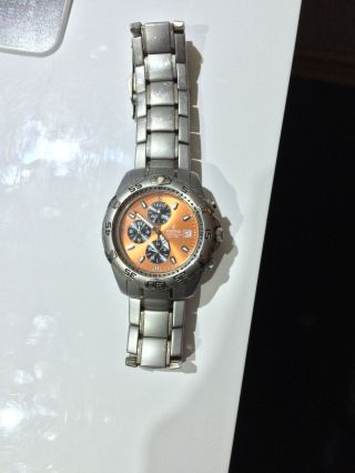 Festina Chronograph Armbanduhr Ziffernblatt Orange Bild