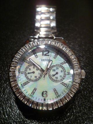 Guess Armbanduhr Für Damen / W13501l1 Bild