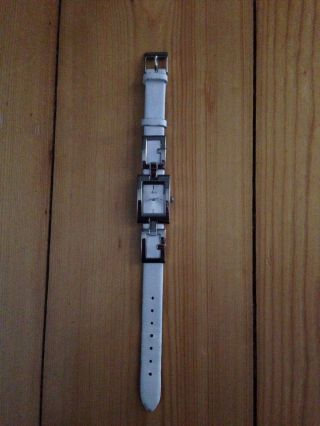Guess Damen Uhr Weiß Lederband G66710l Bild