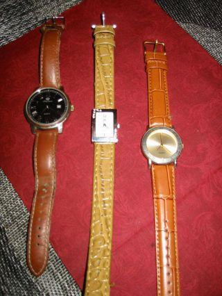 3 Damenuhren,  Armbanduhren,  Braun Bild