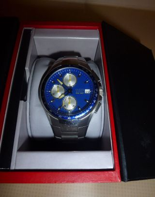 Guess Chronograph Herren Uhr Tachymeter 39mm Blau - Gelb Faltschließe Chrono Armba Bild