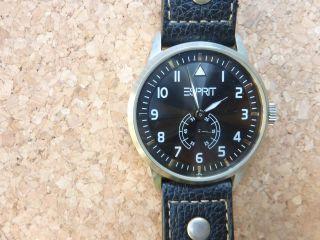 Esprit,  Armbanduhr,  Uhr,  Einfach Abzulesen,  Pulsmesser,  Leder,  Zeitgenössischesdesign Bild