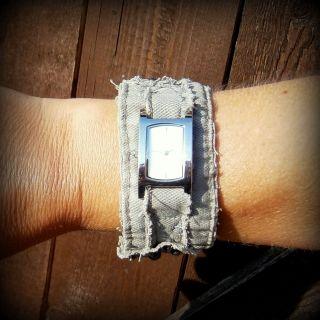 Armband Uhr Jeans Grau Mit Applikationen Bild