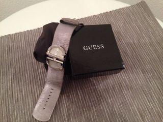 Guess Armbanduhr Damen Bild