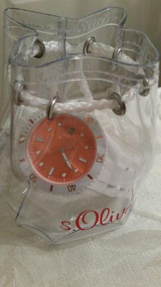 Neue Uhr Von S.  Oliver Weißes Band,  Oranges Zifferblatt Bild