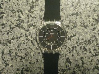 Swatch Skin Damen - Armbanduhr Black Classiness Sfk361 Bild