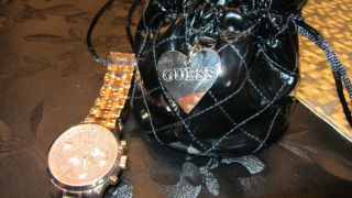Guess Damenuhr Rose Gold Bild