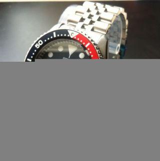Seiko Automatic,  Diver ' S 200 Mit Stahlband,  Und Ungetragen Bild