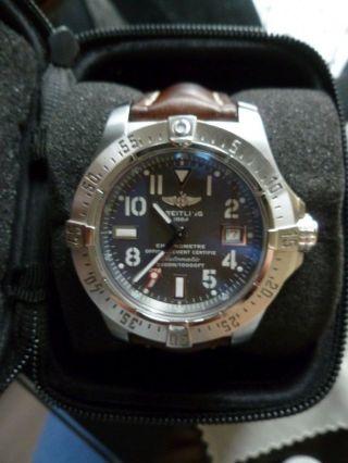Breitling Avenger Seawolf Chronometer 3000m Ziffernblatt Schiefergrau Topangebot Bild