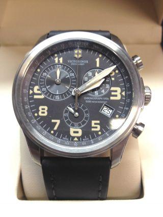 Victorinox 241578 Herrenchronograph Mit Blauem Lederband Bild