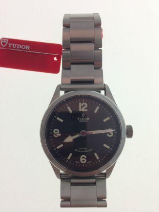 Tudor Heritage Ranger Uhr Ref.  79910 Papiere Box Bild