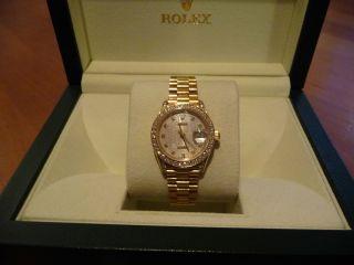 Rolex Datejust 18k Gelbgold Mit Diamantbesatz Von Rolex Bild