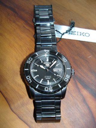 Seiko 5 Sports Automatic Black Snzh59k1 Bild