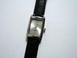 Sachs Klassische Armbanduhr Die Zeit Bild