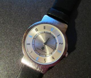 Sehr Flache Pwc Armbanduhr Lederarmband Kaum Getragen Bild