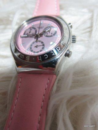 Swatch Armbanduhr Irony Rosa Echtes Lederarmband Stainless Steel Wasserdicht Bild