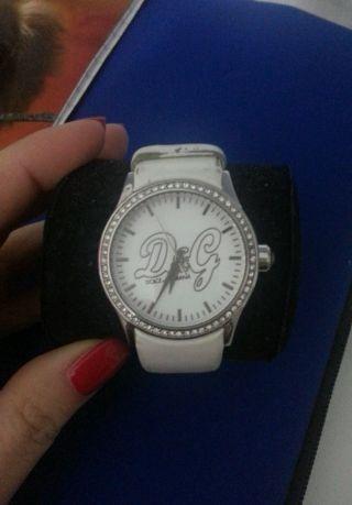 D&g Dolce & Gabbana Damen Uhr Leder Weiß Strass Bild
