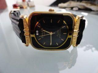 Gebrauchte Damenuhr Omax Chrystal Quartz Wasserdicht Vergoldet Edelsteine Bild
