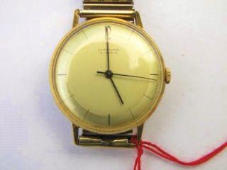 H - Armbanduhr - Junghans - Cal.  93s1,  15 Rubis. Bild