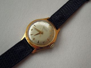 Junghans 17 Juwels 20 Mikron Vergoldet Hau Herrenarmbanduhr Vintage Analog Bild