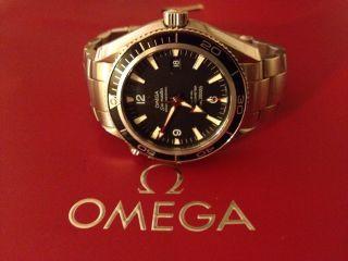 Omega Uhr Planet Ocean Bild