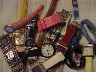 Uhren Sammlung 25 X Damenuhr Von Ungetragen Bis Bastleruhren (ungeprüft) Bild