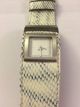 Damenuhr Uhr Für Damen Von Esprit In Weiß Armbanduhr Bild