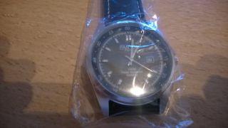 Armbanduhr Panton Klassik Bild