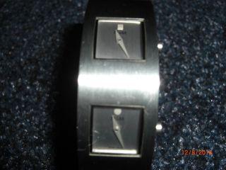 M & M Edelstahlarmband Mit Zwei Integrierten Uhren Neuwertig Top Bild