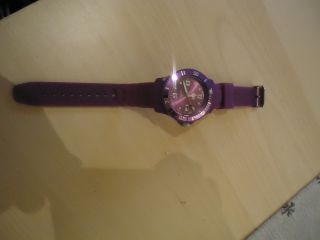 Armbanduhr Ice Watch In Lila Bild