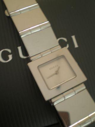 Gucci Uhr 600j Mit Rechnung Zertifikat Box Und Karton Edelstahl Bild