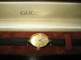 Gucci - Damen - Armbanduhr - Ungetragen Bild