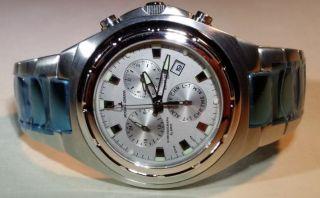 Uhr - Armbanduhr - Jacques Lemans - Chronograph - Edelstahl - Batterie - Alarm Bild