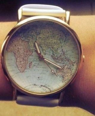 Damen Retro Blogger Uhr Armbanduhr Weiß Gold Mit Weltkarte Bild
