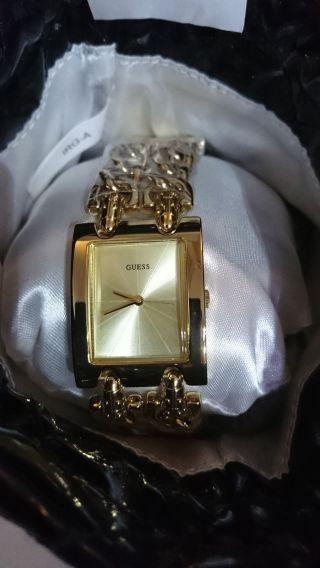 Guess W14543l1 Armbanduhr Für Damen Ovp Uhr Damenuhr Gold Bild