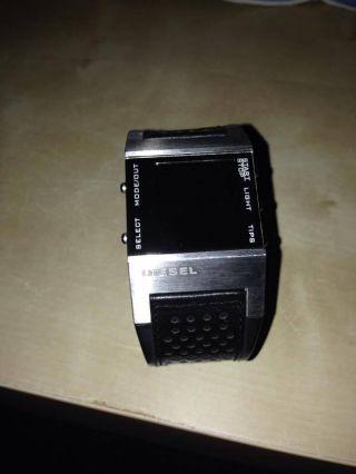 Diesel Uhr Digitaluhr Bild