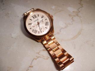 Fossil Armbanduhr Für Damen In Giold Neues Modell. Bild