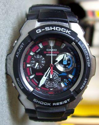 Casio G - Shock,  Chronograph,  Kunststoffarmband,  Schweres Metallgehäuse Bild