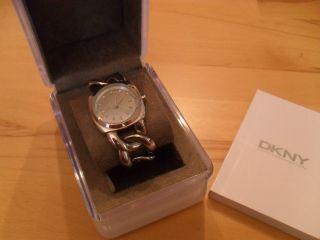 Edle Uhr Von Dkny; Es4840,  Glieder - Optik,  Perlmutt,  Edelstahl,  Np 119€,  Neuw. Bild