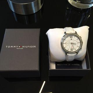 Tommy Hilfiger Uhr Damen Bild