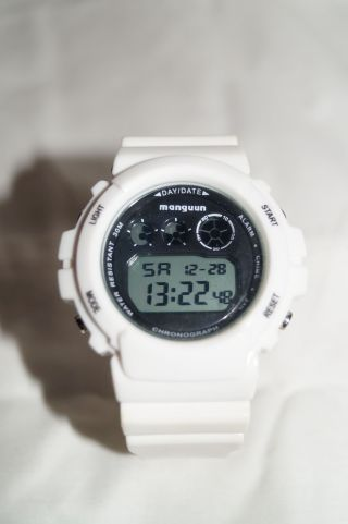 Manguun Damen Herren Unisex Armbanduhr Uhr Silikon Gummi Weiß Xxl Trend U4168/2 Bild
