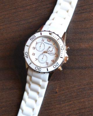 Manguun Damenuhr Weiß Rosé Gold Chrono Armbanduhr,  Ohrringe Mit Ovp Bild