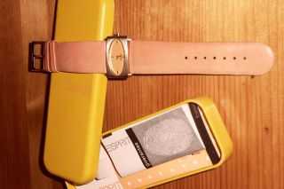 Uhr Damenuhr Esprit Lederarmband Hellorange Tsunami Sun Neuwertig Bild
