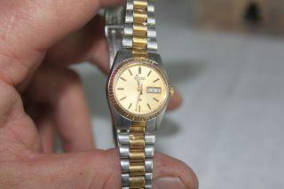 Damen Armbanduhr Seiko Mit Wochentag - Und Datums - Anzeige Bild